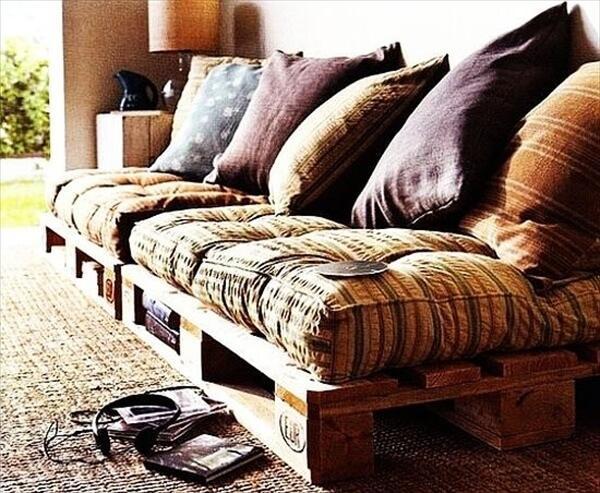 comfortable-pallet-sofa