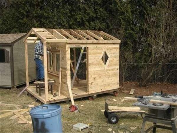 kids-pallet-playhouse (12)