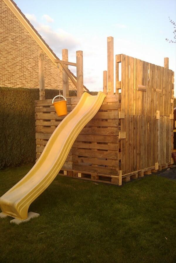 kids-pallet-playhouse (3)