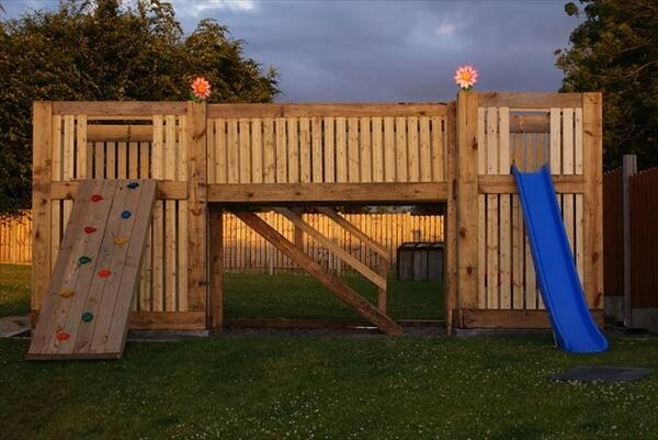kids-pallet-playhouse (4)