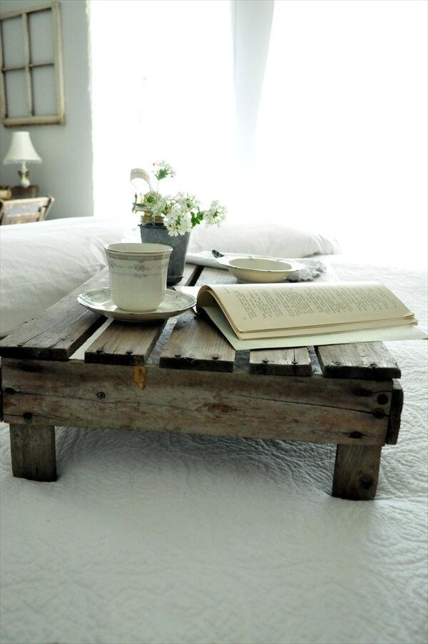 pallet-bed-tray-ideas