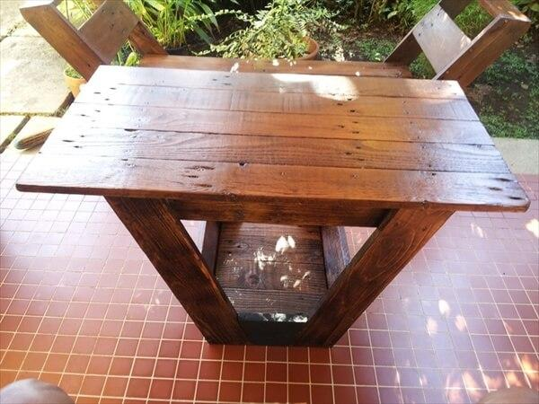 pallet-chair-and-bench