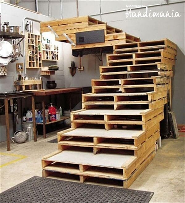 pallet-staircase