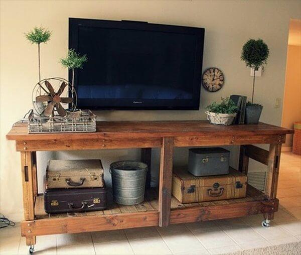 pallet-tv-stand