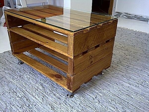 wooden-pallets-coffee-table