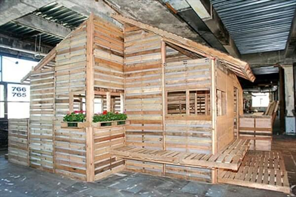 pallet-house (5)
