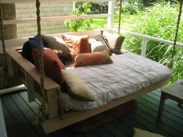 pallet porch swing bed