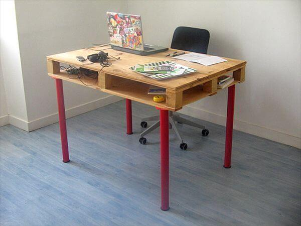 pallet computer table diy