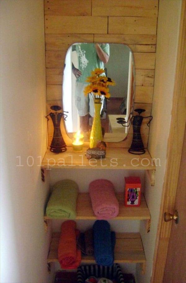 Unique Bathroom Storage with Pallets