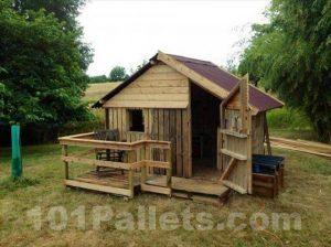 Canning pallets house