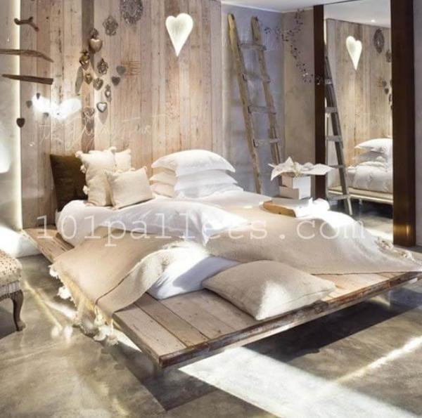 Unique Style Pallets Bed