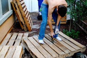 DIY Tutorials: How to Make a Pallet Bench