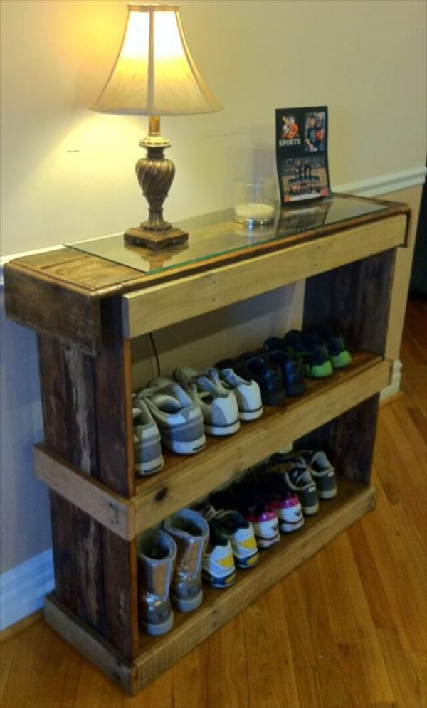 Rustic Shoe Shelf Or Bookcase   Pallet Furniture