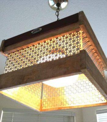 DIY Hanging Light Made from Pallet