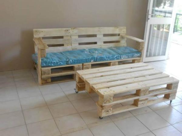 Pallet Bench With Cushion 101 Pallets