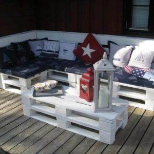 DIY Pallet Furniture for Terrace