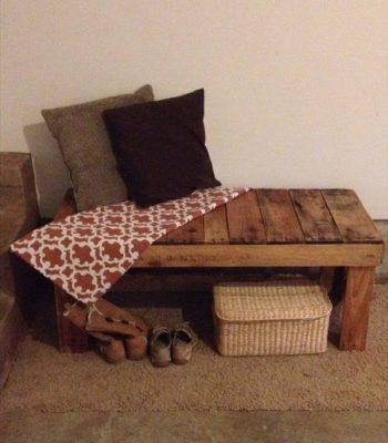 DIY Pallet Bench Design