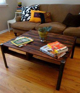Trendy Metal and Pallet Wood Coffee Table