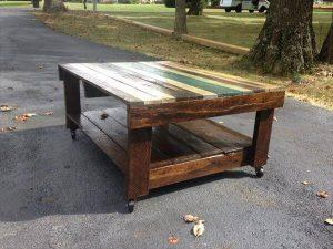 Old Pallet Table with Wheels