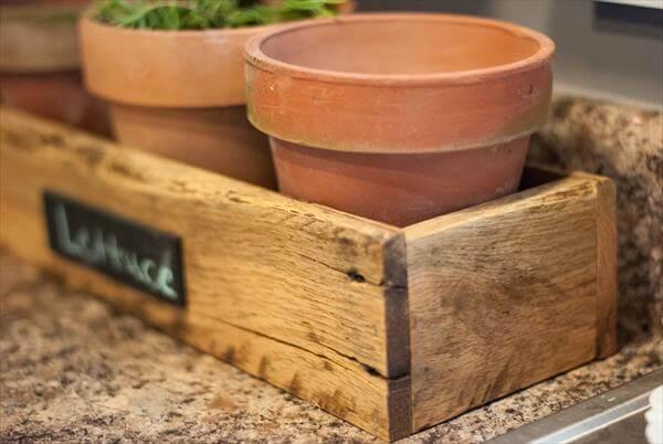 Pallet Planter Box