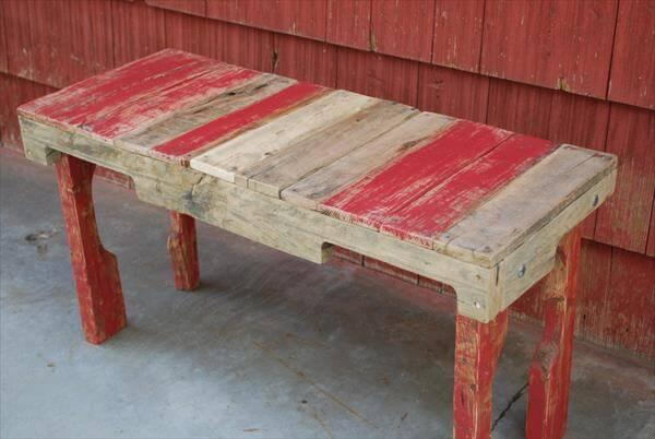 Upcycled Pallet Bench