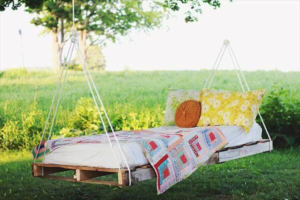 recycled swing bed with pallet