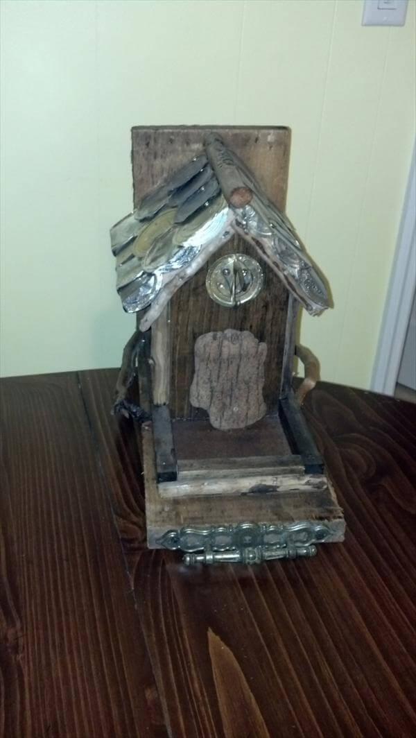 recycled pallet bird feeder