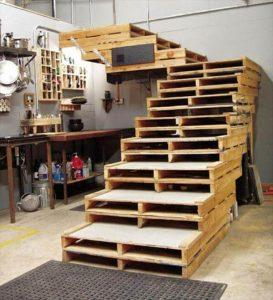 DIY Projects Out of Old Pallets