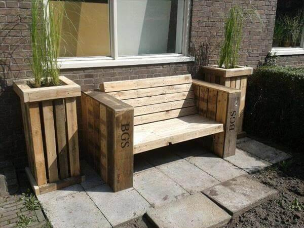 DIY Pallet Planter Boxes