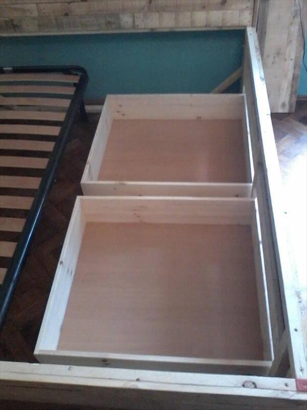 Making of pallet drawers for bed