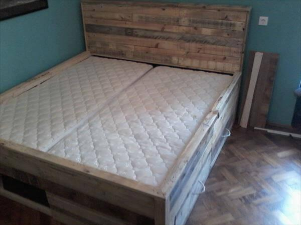 putting of mattress on pallet bed