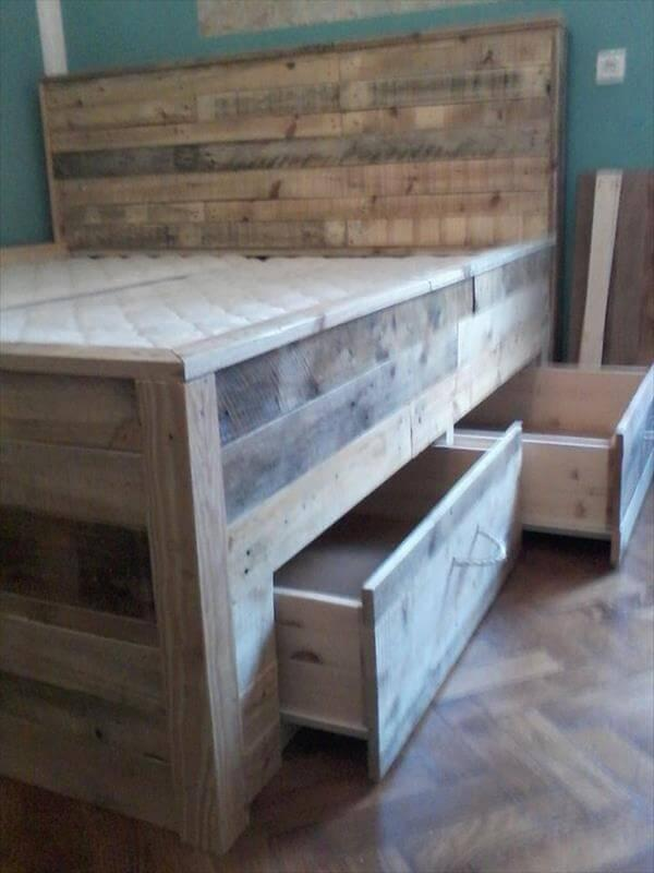 pallet bed out of pallets