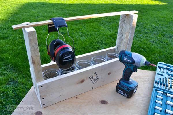 toolbox out of pallet
