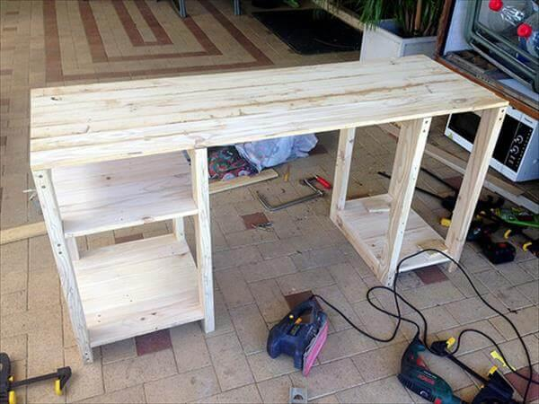 step 2 for diy pallet computer table desk
