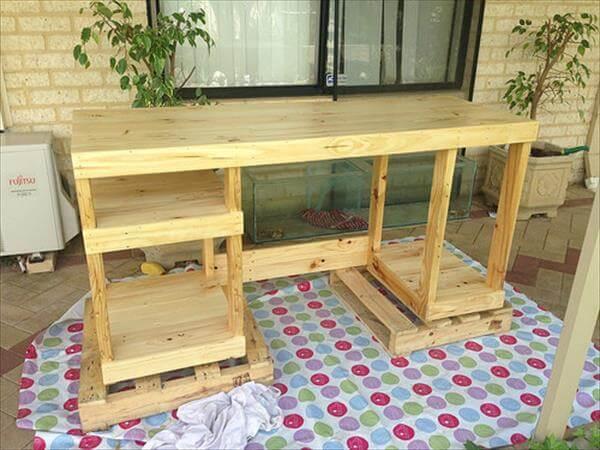 step 2 for diy pallet computer table desk