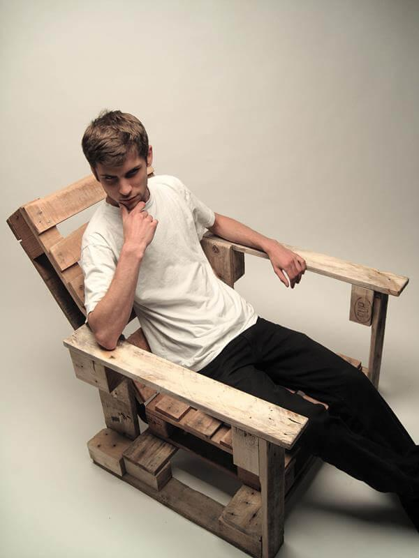 Pallet seating chair