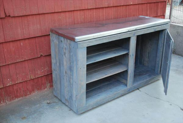 repurposed pallet storage unit
