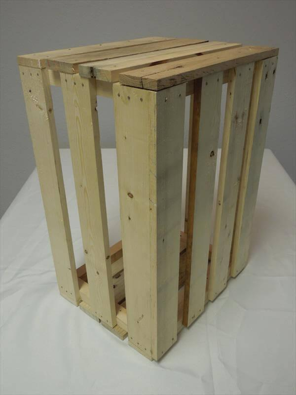 reclaimed pallet crate