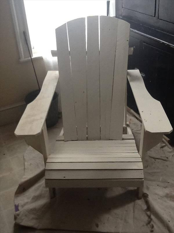adirondack chair out of pallet