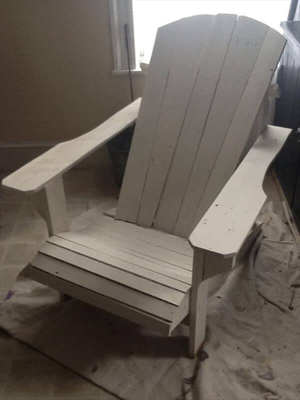 repurposed pallet adirondack chair