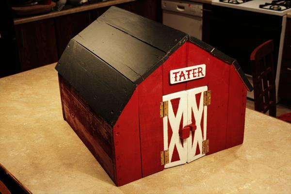 presupposed pallet barn toy