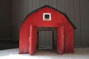 reclaimed pallet barn toy