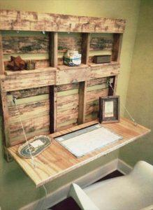 DIY Pallet Fold-able Desk with Shelves