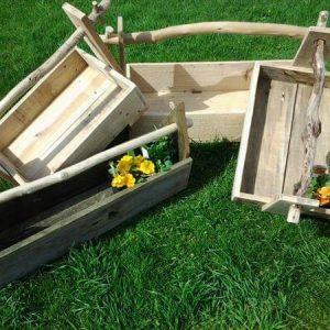 recycled pallet garden tool box