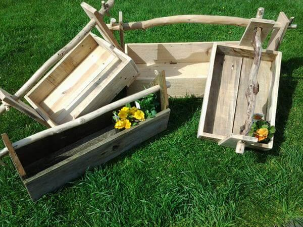 Miraculous Diy Pallet Garden Toolbox And Planter Box 101 Pallets Creativecarmelina Interior Chair Design Creativecarmelinacom