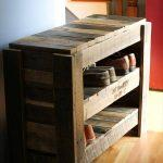 recycled pallet shoes shelf