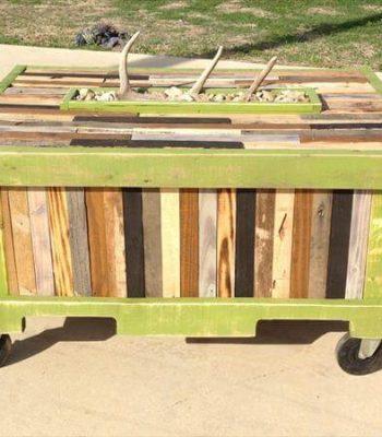 diy rustic pallet table