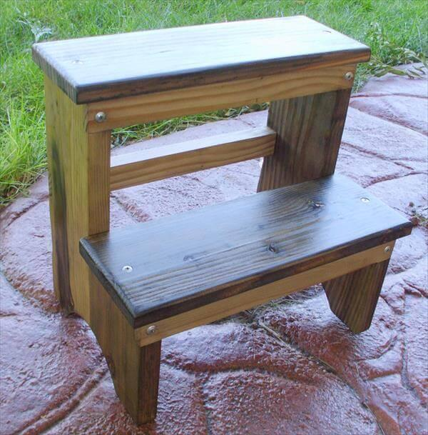 upcycled pallet step stool