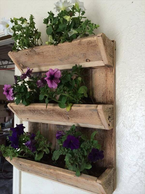 Diy Triple Bunk Wall Planter 101 Pallets