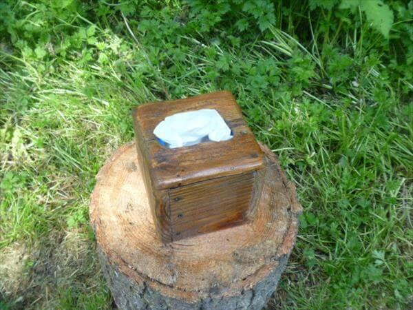 upcycled pallet tissue box